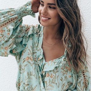 SWAP🧚♂️Spell Maisie blouse small🌸